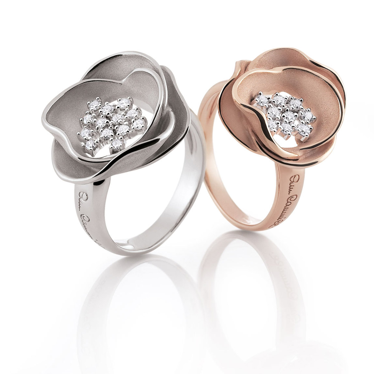 Annamaria Camilli Flower ring witgoud